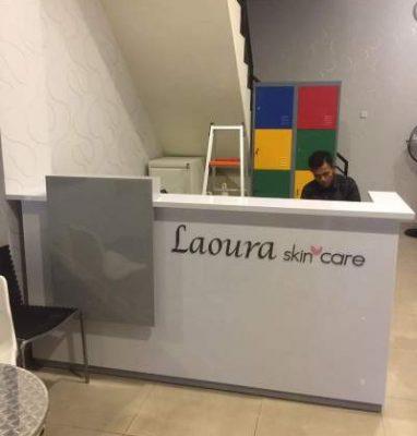 Resepsionis Laoura Skincare